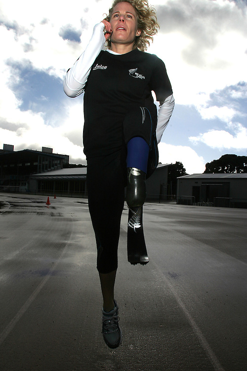 05/09/07 NW. Disabled (T44/one leg amputee below the knee) Paparangi runner Kate Horan training at Newtown Park for an international event in Taipei next week and the Beijing Olympics next year..Photo: Crispin Anderlini.