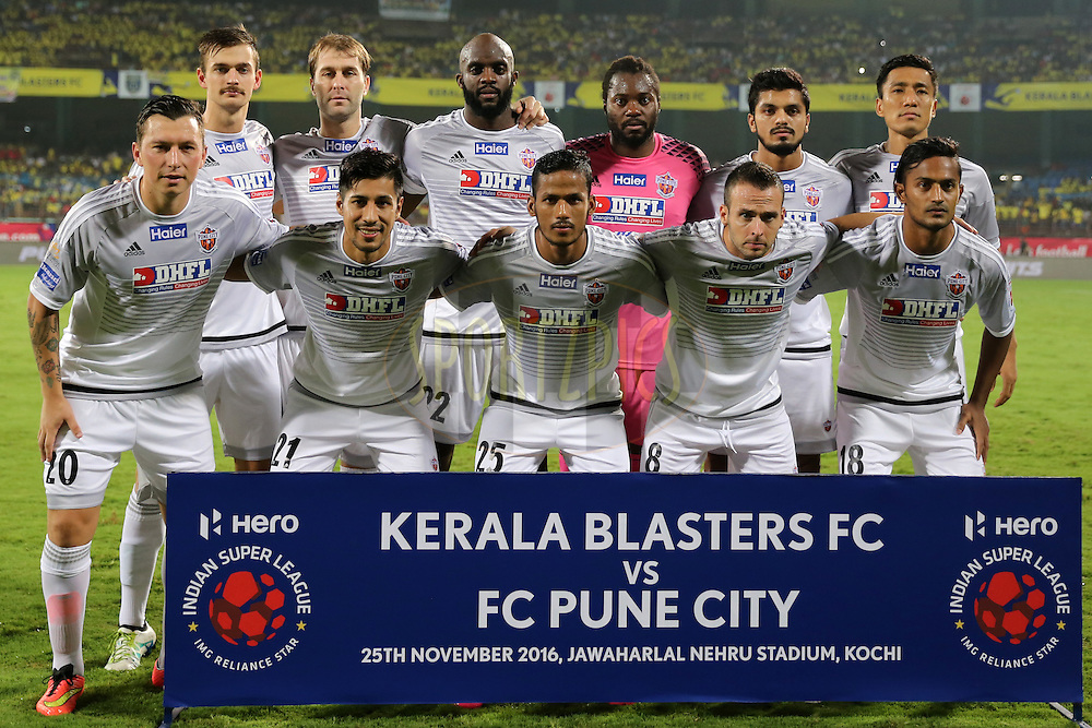 FC Pune City group photo during match 48 of the Indian Super League (ISL) season 3 between Kerala Blasters FC and FC Pune City held at the Jawaharlal Nehru Stadium in Kochi, India on the 25th November 2016.<br /> <br /> Photo by Faheem Hussain / ISL / SPORTZPICS