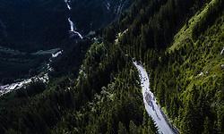 11.07.2019, Kitzbühel, AUT, Ö-Tour, Österreich Radrundfahrt, 5. Etappe, von Bruck an der Glocknerstraße nach Kitzbühel (161,9 km), im Bild Peloton bei den Krimmler Wasserfällen // Peloton bei den Krimmler Wasserfällen during 5th stage from Bruck an der Glocknerstraße to Kitzbühel (161,9 km) of the 2019 Tour of Austria. Kitzbühel, Austria on 2019/07/11. EXPA Pictures © 2019, PhotoCredit: EXPA/ JFK