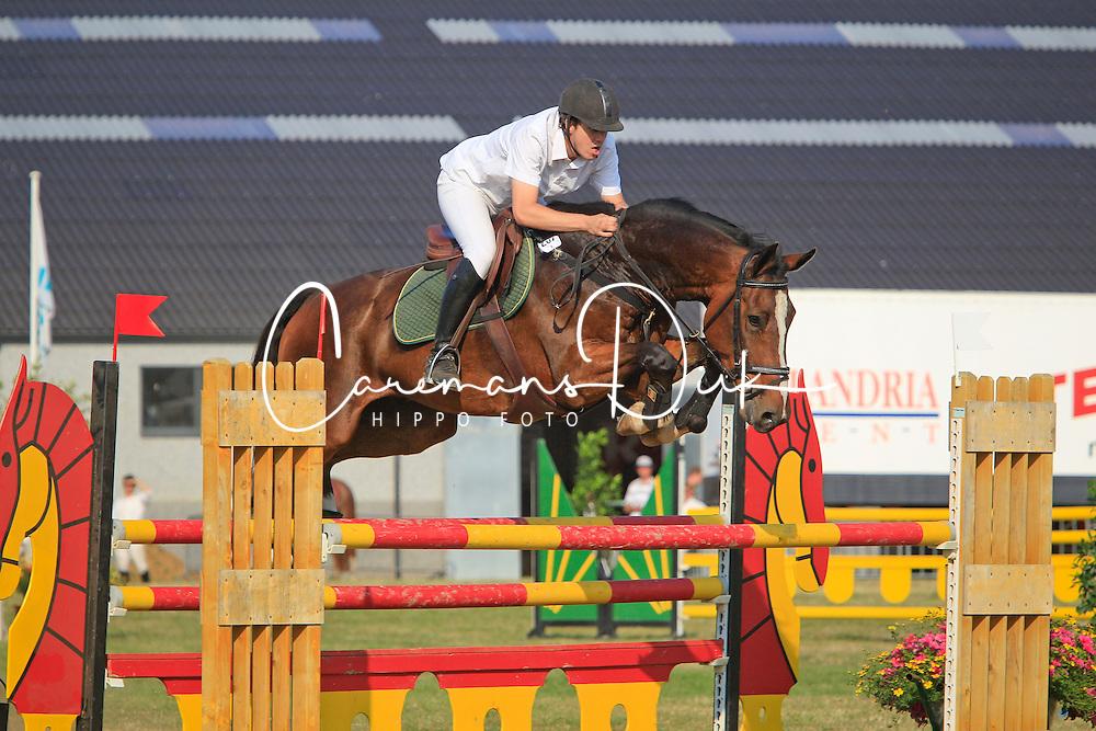 Van Rossem Steven (BEL) - Fenom van Klapscheut<br /> Nationaal Kampioenschap Jonge Paarden<br /> Stal Hulsterlo - Meerdonk 2010<br /> © Dirk Caremans