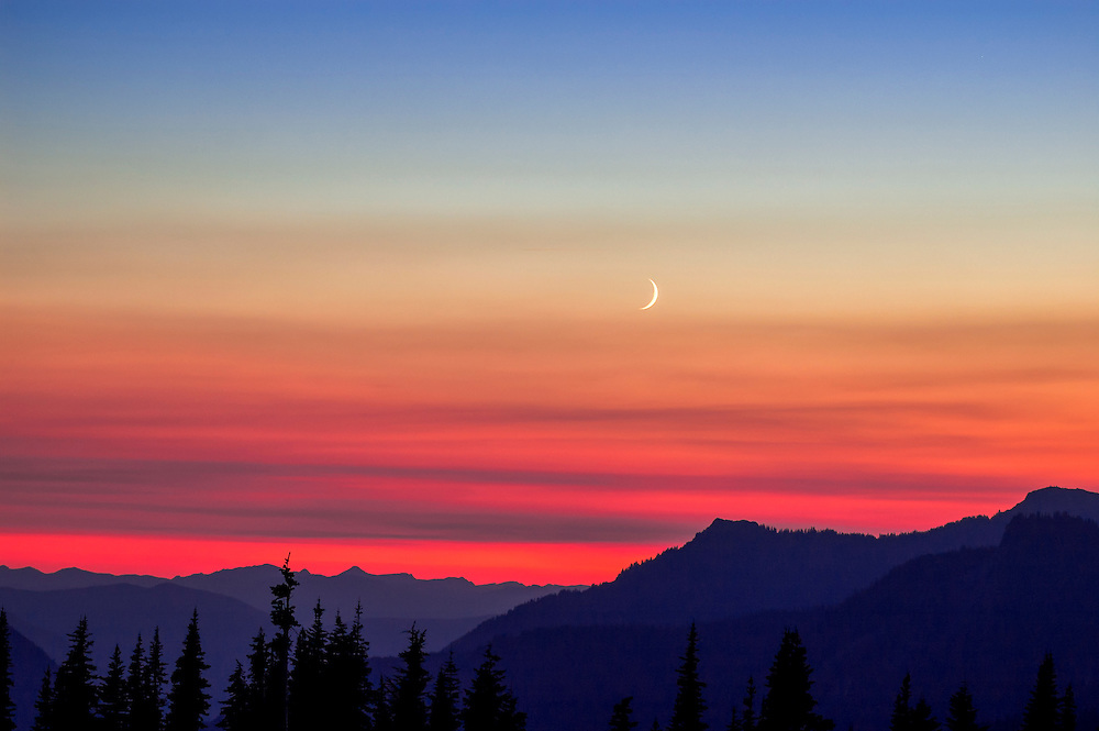 Sunset at Mt. Rainier National Park, Washington, USA