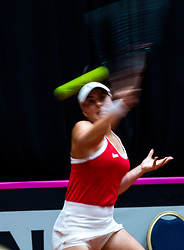 09-02-2019 NED: Fed Cup Netherlands - Canada, Den Bosch<br /> The Netherlands loses on the first day of Canada during the first round of the Tennis FedCup. The Dutch FedCup team plays after four years at home and is 2-0 behind / Bianca Andreescu