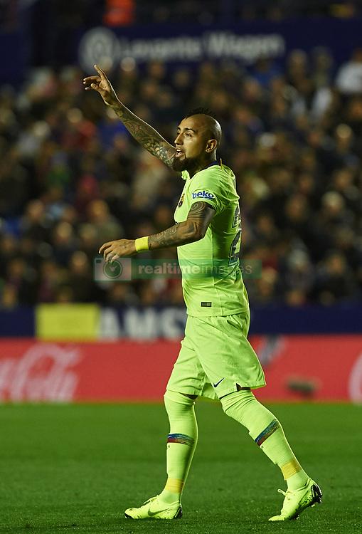صور مباراة : ليفانتي - برشلونة 0-5 ( 16-12-2018 )  20181216-zaa-n230-386