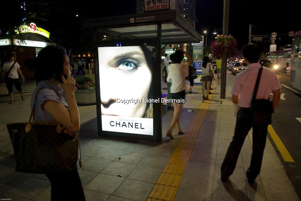 Chanel poster on a bus stop, Seoul, South Korea. 2009<br /> <br /> Poster Chanel a un arret de bus. Seoul.
