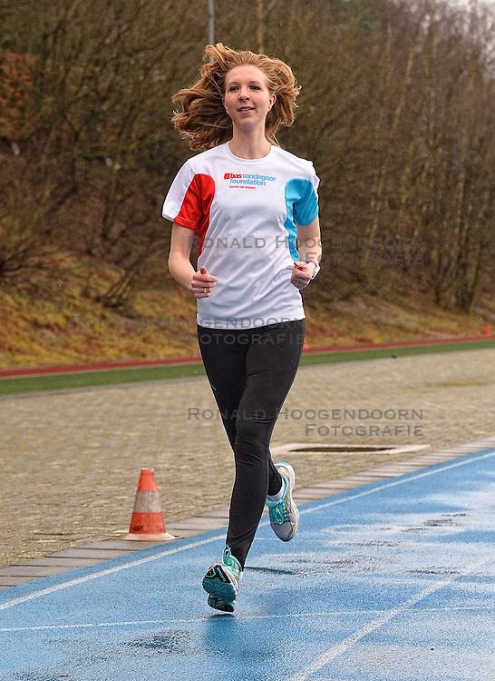 21-03-2015 NED: We Run 2 Change Diabetes NY 2015, Arnhem<br /> We run to change diabetes, training van de groep hardlopers met diabetes die op 1 november 2015 hun grenzen gaan verleggen in de marathon van New York / Sasja
