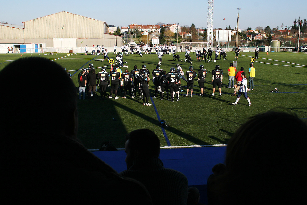 (Santiago de Compostela, Spain - March 14, 2010) - The Galicia Black Towers lose their second game to the Lisbon Navigators 79-0 in Santiago on Sunday. ..Photo by Will Nunnally / Will Nunnally Photography