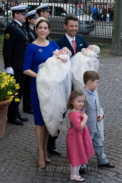 14.04.11. Copenhagen, Denmark.Princess Mary, Prince Frederik, Prins Christians, Princess Isabella, Prince Vincent Frederik Minik Alexander, Princes Josefine Sofie Ivalo Mathilda leaves the Holmens Church after christening ceremony.Photo: Ricardo Ramirez