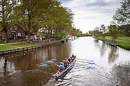 Europe, Germany, Lower Saxony, Worpswede, rowing boot on the river Hamme at Neu Helgoland, on the left the restaurant Hammehuette, Teufelsmoor.<br /> <br /> Europa, Deutschland, Niedersachsen, Worpswede, Ruderboot auf der Hamme bei Neu Helgoland, links die Gaststaette Hammehuette, Teufelsmoor.