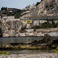 Taormina 25-05-2017 G7, Greenpeace blitz at Isolabella di Taormina