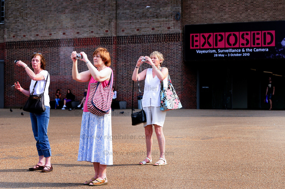 photographers, Tate Modern