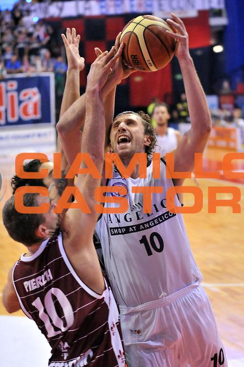 DESCRIZIONE : Biella LNP DNA Adecco Gold 2013-14 Angelico Biella FMC Ferentino<br /> GIOCATORE : Luca Infante<br /> CATEGORIA : Tiro<br /> SQUADRA : Angelico Biella<br /> EVENTO : Campionato LNP DNA Adecco Gold 2013-14<br /> GARA : Angelico Biella FMC Ferentino<br /> DATA : 04/11/2013<br /> SPORT : Pallacanestro<br /> AUTORE : Agenzia Ciamillo-Castoria/S.Ceretti<br /> Galleria : LNP DNA Adecco Gold 2013-2014<br /> Fotonotizia : Biella LNP DNA Adecco Gold 2013-14 Angelico Biella FMC Ferentino<br /> Predefinita :