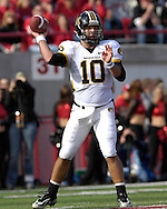 University of Missouri quarterback Chase Daniel passes down field against Nebraska in the fourth quarter at Memorial Stadium in Lincoln, Nebraska, November 4, 2006.  The Huskers beat the Tigers 34-20.<br />
