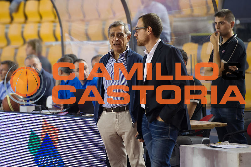 DESCRIZIONE : Roma LNP Serie A2 Ovest 2015-16 Acea Roma Orsi Tortona<br /> GIOCATORE : Claudio Toti<br /> CATEGORIA : presidente pregame<br /> SQUADRA : Acea Roma<br /> EVENTO : Campionato Serie A2 Ovest 2015-2016<br /> GARA : Acea Roma Orsi Tortona<br /> DATA : 04/10/2015<br /> SPORT : Pallacanestro <br /> AUTORE : Agenzia Ciamillo-Castoria/G.Masi<br /> Galleria : Serie A2 Ovest 2015-2016<br /> Fotonotizia : Roma Serie A2 Ovest 2015-16 Acea Roma Orsi Tortona