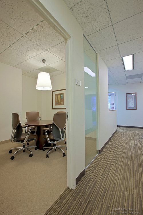 Interior Design Photographer of Washington DC Image of conference room at downtown offices of Ain and Bank Law Firm by Jeffrey Sauers of Commercial Photographics