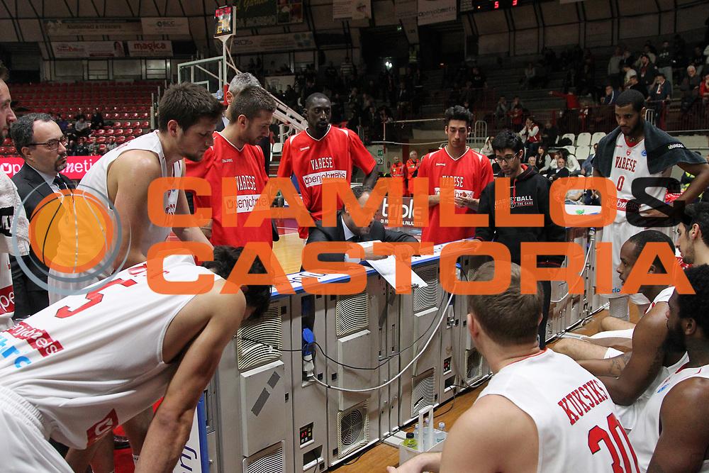 DESCRIZIONE: Varese FIBA Europe cup 2015-16 <br /> Openjobmetis Varese vs Sodertalje Kings<br /> GIOCATORE: Openjobmetis Varese<br /> CATEGORIA: time out<br /> SQUADRA: Openjobmetis Varese<br /> EVENTO: FIBA Europe Cup 2015-2016<br /> GARA: EA7 Openjobmetis Varese Sodertalje Kings<br /> DATA: 22/12/2015<br /> SPORT: Pallacanestro<br /> AUTORE: Agenzia Ciamillo-Castoria/A. Ossola<br /> Galleria: FIBA Europe Cup 2015-2016<br /> Fotonotizia: Varese FIBA Europe Cup 2015-16 <br /> Openjobmetis Varese Sodertalje Kings