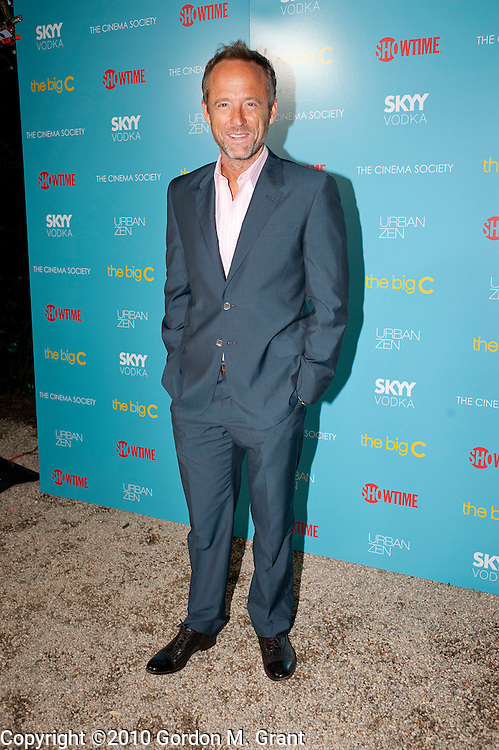 East Hampton, NY - 8/7/10 -  John Benjamin Hickey arrives at the home of Donna Karan for a screening of the Showtime series The Big C in East Hampton, NY August 7, 2010. CREDIT: Gordon M. Grant for The Wall Street Journal.NYthebigcdonnakaren