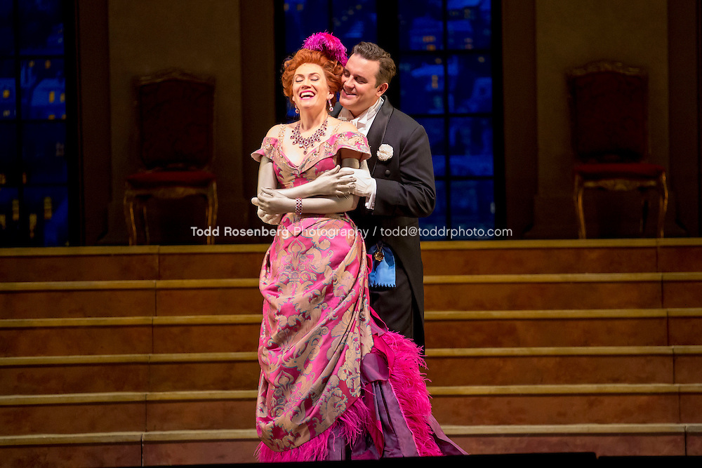 11/11/15 1:34:01 PM -- <br /> The Lyric Opera of Chicago Presents<br /> &quot;The Merry Widow&quot;<br /> Renee Fleming<br /> <br /> &copy; Todd Rosenberg Photography 2015