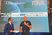 DESCRIZIONE : Monza Vila Reale Italia Basket Hall of Fame<br /> GIOCATORE : Giampiero Ticchi Gianluigi Paragone<br /> SQUADRA : FIP Federazione Italiana Pallacanestro <br /> EVENTO : Italia Basket Hall of Fame<br /> GARA : <br /> DATA : 29/06/2010<br /> CATEGORIA : Premiazione<br /> SPORT : Pallacanestro <br /> AUTORE : Agenzia Ciamillo-Castoria/M.Gregolin
