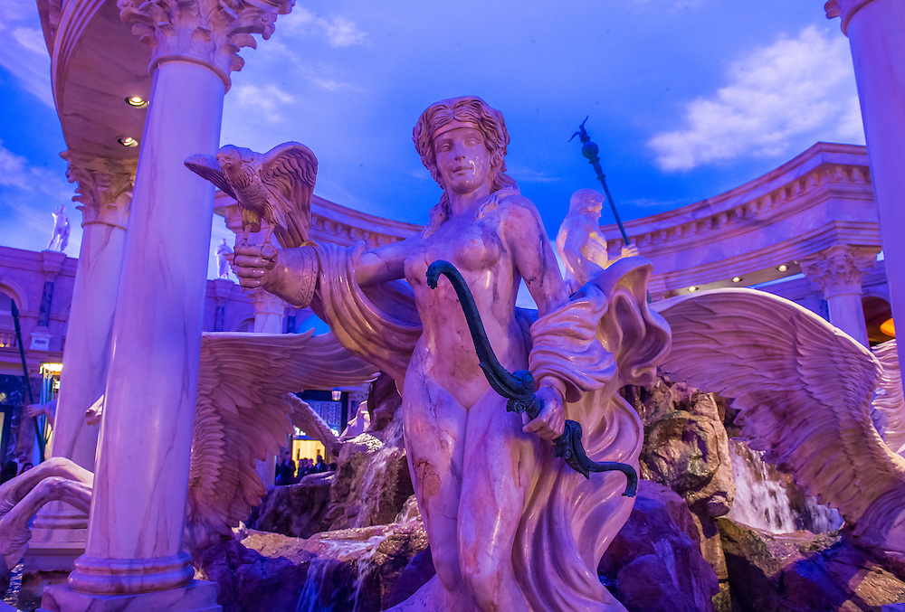 LAS VEGAS - NOV 24 : The Forum shoping mall in Las Vegas on November 24 2016 , The mall connected to the Caesars Palace hotel and casino and it simulates ancient Roman streets