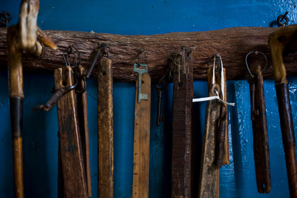 Matipo_MG, Brasil...Detalhe das chaves de uma casa em Matipo...Detail of ..Foto: BRUNO MAGALHAES / NITRO