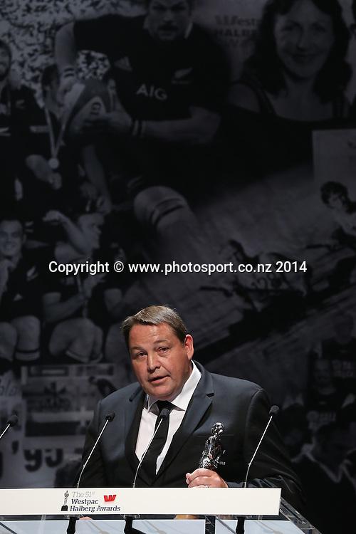 All Black coach Steve Hansen accepts the Sky Sport Coach of the Year Award at the 51st Westpac Halberg Awards. Halberg Disability Sport Foundation. Vector Arena, Auckland, New Zealand. Thursday 13 February 2014. Photo: Fiona Goodall/www.photosport.co.nz