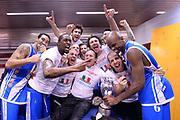 DESCRIZIONE : Milano Coppa Italia Final Eight 2014 Finale Montepaschi Siena Banco di Sardegna Sassari<br /> GIOCATORE : team Stefano Sardara<br /> CATEGORIA : esultanza team spogliatoio presidente coppa<br /> SQUADRA : Banco di Sardegna Sassari<br /> EVENTO : Beko Coppa Italia Final Eight 2014<br /> GARA : Montepaschi Siena Banco di Sardegna Sassari<br /> DATA : 09/02/2014<br /> SPORT : Pallacanestro<br /> AUTORE : Agenzia Ciamillo-Castoria/C.De Massis<br /> Galleria : Lega Basket Final Eight Coppa Italia 2014<br /> Fotonotizia : Milano Coppa Italia Final Eight 2014 Finale Montepaschi Siena Banco di Sardegna Sassari<br /> Predefinita :