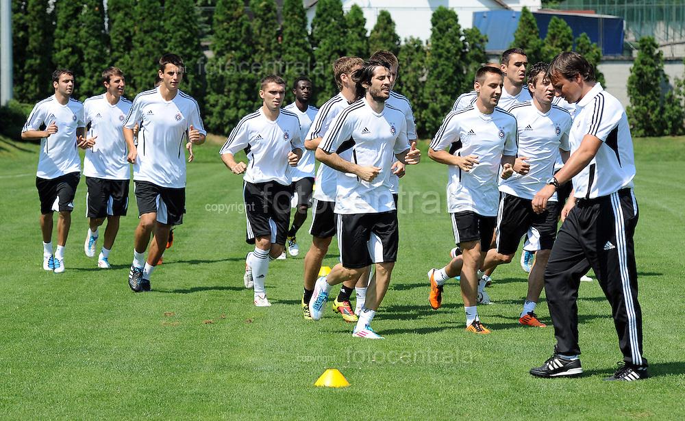 FUDBAL, BEOGRAD, 13. Jun. 2011. - Fudbaleri Partizana poceli su danas u SC Teleoptik pripreme za jesenji deo sezone (2011/2012). Foto: Nenad Negovanovic