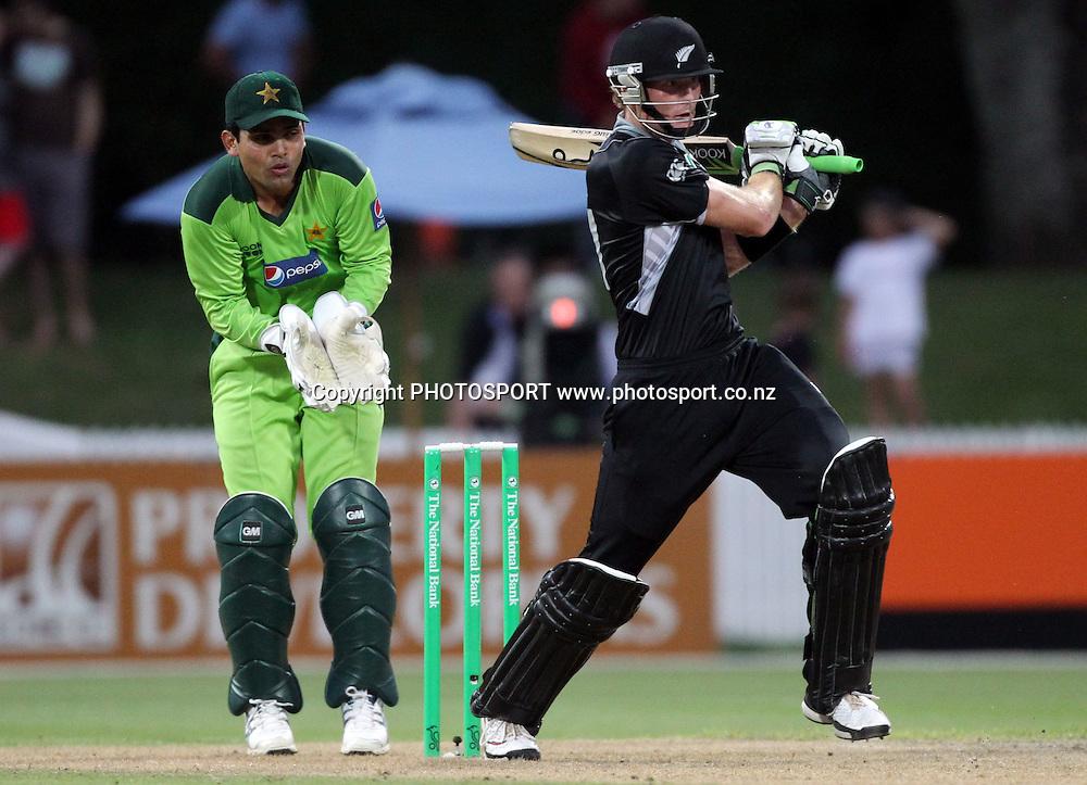 Martin Guptill batting during the 5th ODI, Black Caps v Pakistan, One Day International Cricket. Seddon Park, Hamilton, New Zealand. Wednesday 3 February 2011. Photo: Andrew Cornaga/photosport.co.nz
