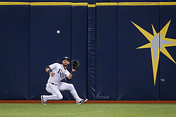 June 7, 2017 - St. Petersburg, Florida, U.S. - WILL VRAGOVIC       Times.Tampa Bay Rays center fielder Kevin Kiermaier (39) gets under the liner to center by Chicago White Sox right fielder Avisail Garcia (26) in the seventh inning of the game between the Tampa Bay Rays and the Chicago White Sox at Tropicana Field in St. Petersburg, Fla. on Wednesday, June 7, 2017. (Credit Image: © Will Vragovic/Tampa Bay Times via ZUMA Wire)