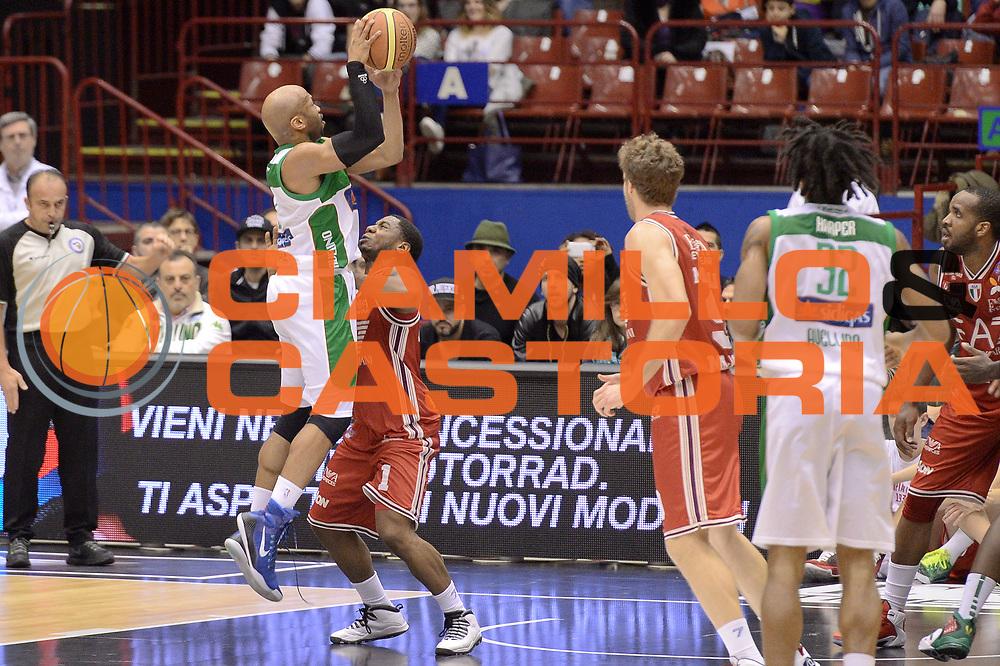 DESCRIZIONE : Milano Lega A 2014-15 EA7 Emporio Armani Milano vs Sidigas Avellino<br /> GIOCATORE : Gaines Sundiata<br /> CATEGORIA : Controcampo Tiro<br /> SQUADRA : Sidigas Avellino<br /> EVENTO : Campionato Lega A 2014-2015<br /> GARA : EA7 Emporio Armani Milano Sidigas Avellino<br /> DATA : 16/02/2015<br /> SPORT : Pallacanestro <br /> AUTORE : Agenzia Ciamillo-Castoria/I.Mancini<br /> Galleria : Lega Basket A 2014-2015  <br /> Fotonotizia : Milano Lega A 2014-2015 EA7 Emporio Armani Milano Sidigas Avellino<br /> Predefinita :