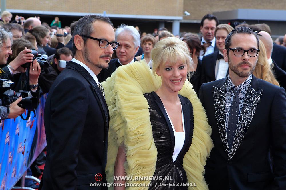 NLD/Scheveningen/20100411 - Premiere musical Mary Poppins, Stacey Rookhuizen en Viktor & Rolf