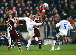 Munich, Germany - Wednesday, March 7, 2007:  Real Madrid's Fernando Gago in action against Bayern Munich during the UEFA Champions League First Knock-out Round 2nd Leg at the Allianz Arena. (Pic by Christian Kolb/Propaganda/Hochzwei) +++UK SALES ONLY+++