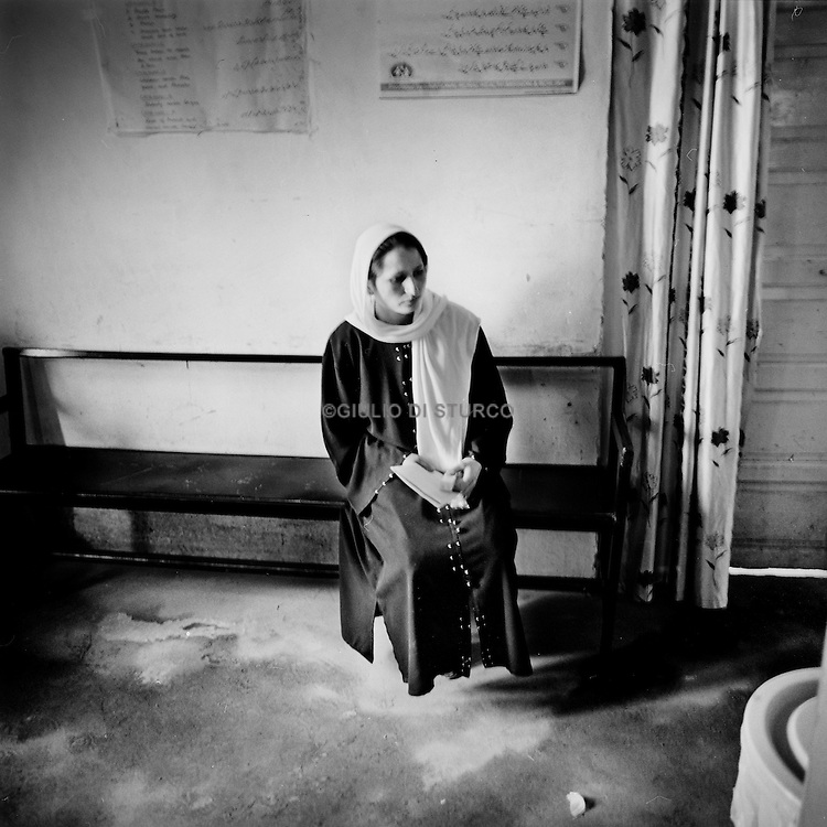MSF is present in Indian-administered Kashmir. MSF provides basic health care and psychosocial counselling to a population traumatized by over 20 years of violence in the Kashmir Valley. Step by step, MSF has succeeded in creating more awareness about psychosocial problems among the population. In 2008, MSF's mental health program treated 6,324 patients. MSF supports 6 clinics in Kupwara district with basic health care and vaccination services and conducted over 10,000 consultations in 2008..Srinagar 2010, Msf during a  psycho-consulting teraphy in the JVC Hospital.