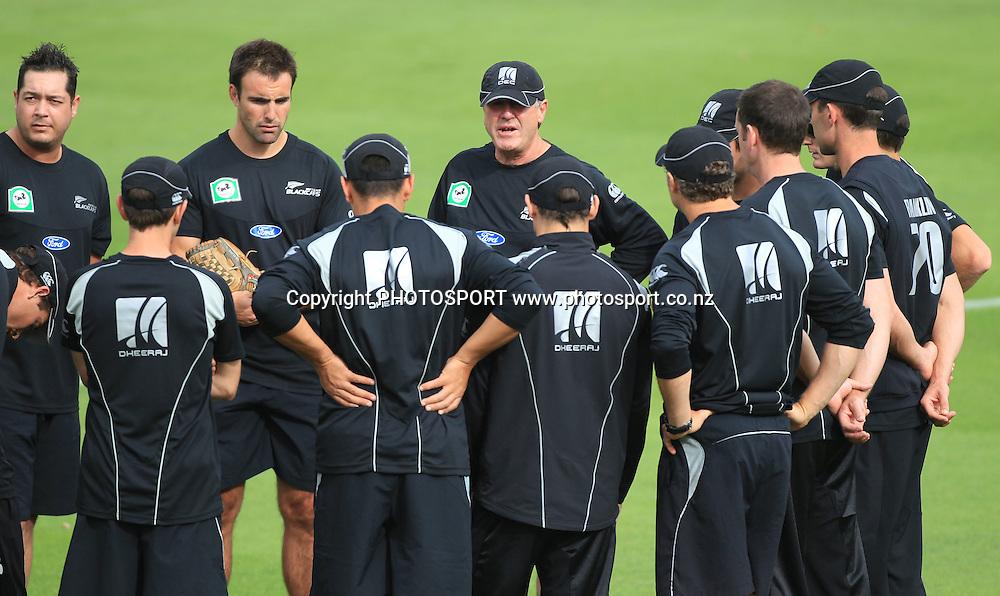 John Wright during a team talk. New Zealand Black Caps v Pakistan, Match 2. Twenty 20 Cricket match at Seddon Park, Hamilton, New Zealand. Tuesday 28 December 2010. Photo: Andrew Cornaga/photosport.co.nz