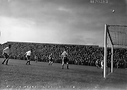 29/08/1956<br /> 08/29/1956<br /> 29 August 1956 <br /> Waterford F.C. v Drumcondra, Dublin City Cup Semi-Final at Dalymount Park, Dublin.