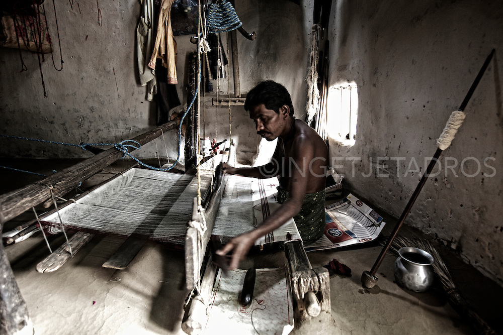Ikat weaving in Kotpad, Orissa, India<br /> Exclusive at Getty Images<br /> http://www.gettyimages.com.au/Search/Search.aspx?contractUrl=2&amp;language=en-US&amp;assetType=image&amp;p=ingetje+tadros#2