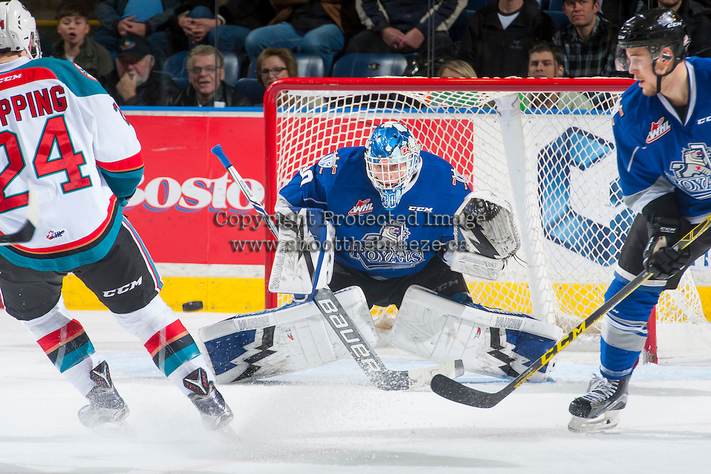 KELOWNA, CANADA - DECEMBER 30: Griffen Outhouse #30 of the Victoria Royals makes a save against the Kelowna Rockets on December 30, 2016 at Prospera Place in Kelowna, British Columbia, Canada.  (Photo by Marissa Baecker/Shoot the Breeze)  *** Local Caption ***