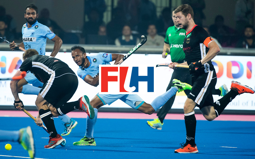 BHUBANESWAR - The Odisha Men's Hockey World League Final . Sunil Sowmarpet (Ind) during  the match India v Germany. WORLDSPORTPICS COPYRIGHT  KOEN SUYK