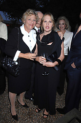 Left to right, DAME VIVIEN DUFFIELD and LADY WEINBERG she is designer Anoushka Hemple at the annual Cartier Chelsea Flower Show dinner held at the Chelsea Physic Garden, London on 21st May 2007.<br /><br />NON EXCLUSIVE - WORLD RIGHTS