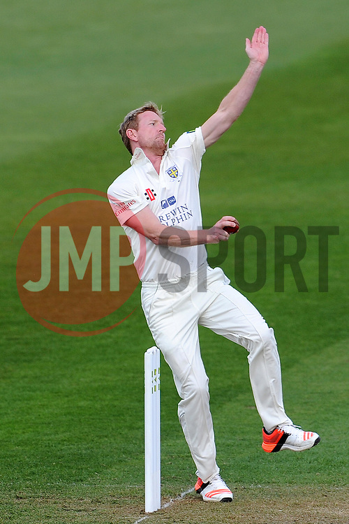 Durham's Paul Collingwood. - Photo mandatory by-line: Harry Trump/JMP - Mobile: 07966 386802 - 12/04/15 - SPORT - CRICKET - LVCC County Championship - Day 1 - Somerset v Durham - The County Ground, Taunton, England.