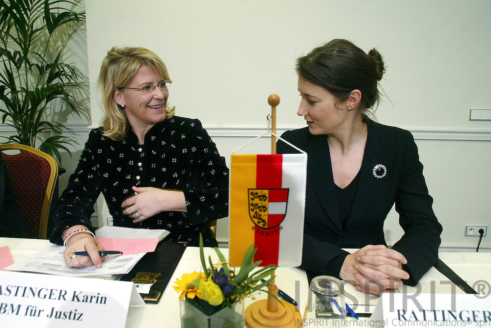 BRUSSELS - BELGIUM - 21 FEBRUARY 2006 -- EU-Representation Office of Carinthia holding a Impulsreferat BM MAG. Karin GASTINGER (L) and Martina RATTINGER (R), head of Carinthia Office.. PHOTO: ERIK LUNTANG /