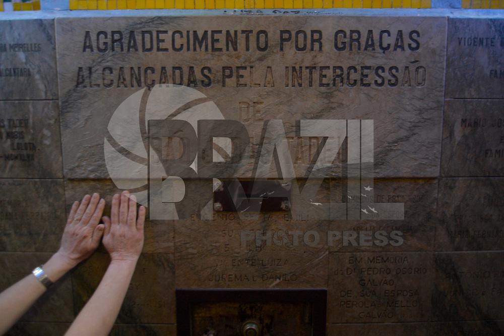 SÃO PAULO, SP, 28.10.2017 – DIA DE SÃO JUDAS TADEU - Público acompanha as homenagens ao dia de São Judas Tadeu, no Santuário de São Judas Tadeu em São Paulo, na manhã deste sabado, 28. (Foto: Levi Bianco/Brazil Photo Press)