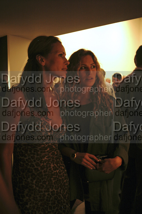 Andrea Dellal and Charlotte Dellal, Irving Penn: Now & Then, private view, Hamiltons Gallery, 13 Carlos Place, London, W1, 13 September 2006. ONE TIME USE ONLY - DO NOT ARCHIVE  © Copyright Photograph by Dafydd Jones 66 Stockwell Park Rd. London SW9 0DA Tel 020 7733 0108 www.dafjones.com