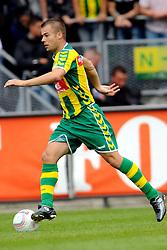 22-07-2009 VOETBAL: ADO DEN HAAG - VALENCIA CF: DEN HAAG<br /> Valencia wint met 4-1 van Den Haag / Danny Buijs<br /> ©2009-WWW.FOTOHOOGENDOORN.NL