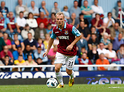 11.09.2010, Boleyn Ground Upton Park, London, ENG, PL, West Ham United vs FC Chelsea, im Bild Lars Jacobsen of West Ham United. Barclays Premier League West Ham United v Chelsea. EXPA Pictures © 2010, PhotoCredit: EXPA/ IPS/ Kieran Galvin +++++ ATTENTION - OUT OF ENGLAND/UK +++++ / SPORTIDA PHOTO AGENCY