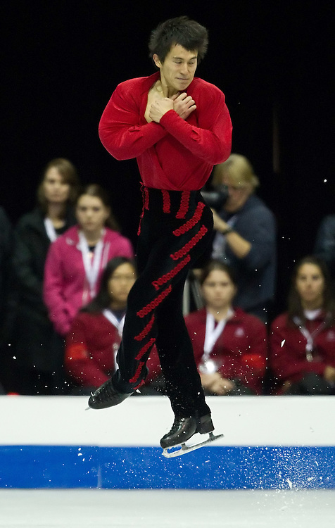GJR419 -20111029- Mississauga, Ontario,Canada-  Patrick Chan of Canada skates his free skate at Skate Canada International, in Mississauga, Ontario, October 29, 2011.<br /> AFP PHOTO/Geoff Robins