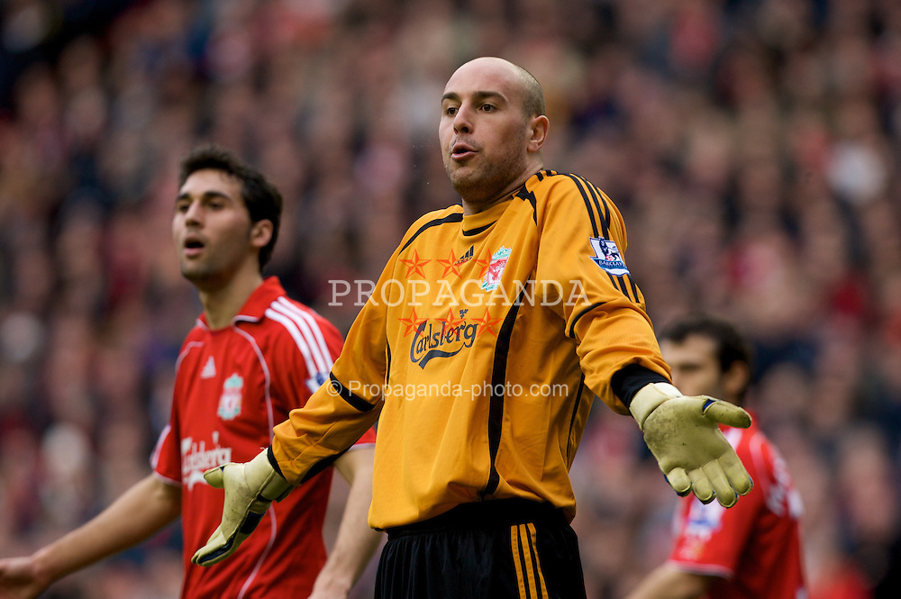 LIVERPOOL, ENGLAND - Saturday, February 23, 2008: Liverpool's goalkeeper Jose Pepe Reina appeals for the assistant referee after Middlesbrough put the ball in the net with a hand-ball during the Premiership match at Anfield. (Photo by David Rawcliffe/Propaganda)