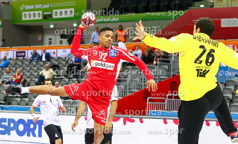 21.01.2015, Ali Bin Hamad Al Attiyah Arena, Doha, QAT, IHF, Handball Weltmeisterschaft der Herren, Gruppe B, Iran vs Österreich, im Bild Raul Santos (AUT) // during the IHF Handball World Championship group B match between Iran and Austria at the Ali Bin Hamad Al Attiyah Arena, Doha, Qatar on 2015/01/21. EXPA Pictures © 2015, PhotoCredit: EXPA/ Sebastian Pucher