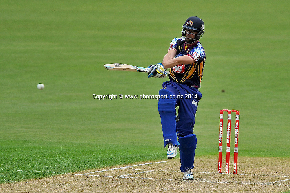 Sam Wells of the Otago Volts in action, during the Georgie Pie Twenty20 match between the Otago Volts and the Canterbury Kings, held at the University Oval, Dunedin, New Zealand, 20 November 2014. Credit: Joe Allison / www.photosport.co.nz