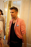 RICHARD BACON, Imogen Edwards-Jones - book launch party for ' Hospital Confidential' Mandarin Oriental Hyde Park, 66 Knightsbridge, London, 11 May 2011. <br />  <br /> -DO NOT ARCHIVE-© Copyright Photograph by Dafydd Jones. 248 Clapham Rd. London SW9 0PZ. Tel 0207 820 0771. www.dafjones.com.